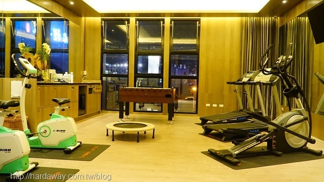 雲河概念旅館健身房