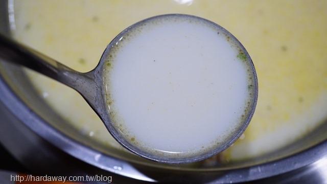 膠原牛奶湯底