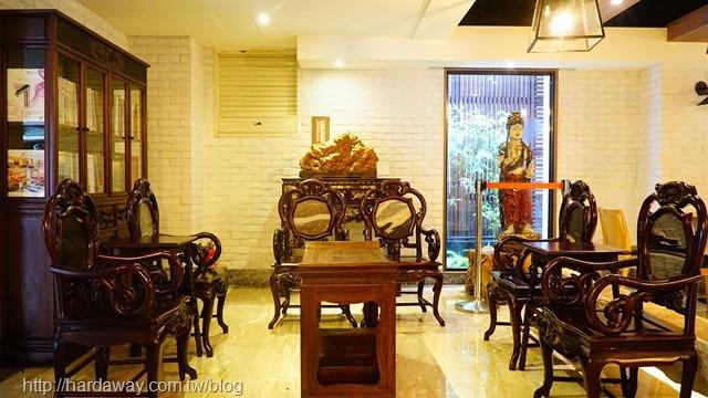 蘭桂坊花園酒店大廳