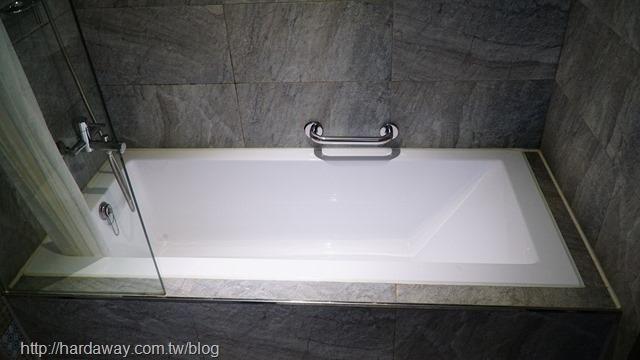 蘭桂坊花園酒店豪華雙人房浴室