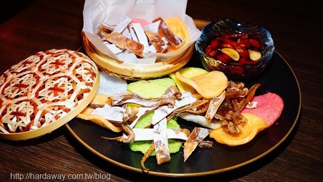 復古情懷鮮烤魷魚襯蝦餅