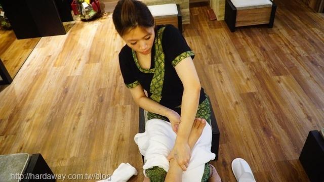 足部去角質舒壓按摩
