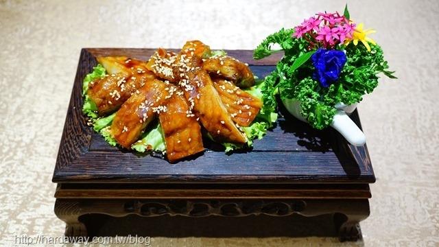 蔣府宴上海燻香魚