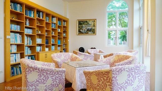 希格瑪花園城堡圖書區