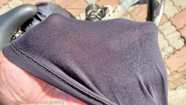 WIWI MIT溫灸刷毛圓領發熱衣