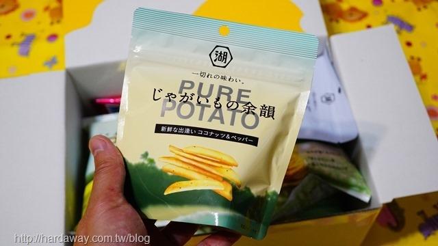 湖池屋PURE POTATO生椰子&黑胡椒風味