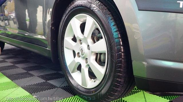 洗來登汽車美容中心汽車鍍膜