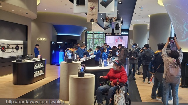 Samsung微風南山旗艦體驗館