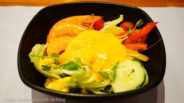 魅麗海中庭餐廳排餐沙拉
