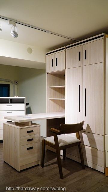 日本直人木業家具機能性衣櫃