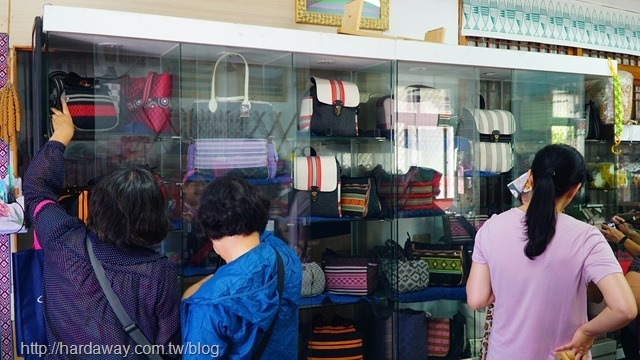 納來麻谷泰雅織布工坊工藝品