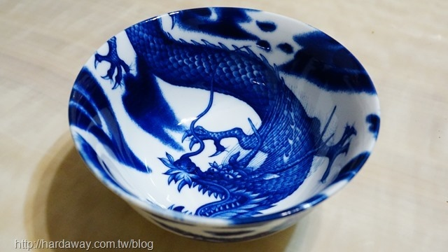 日本美濃燒龍飯碗