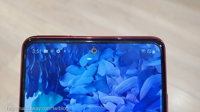 Samsung Galaxy S20 FE前相機