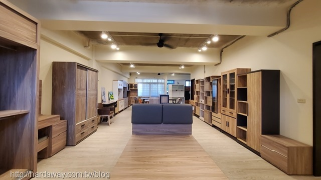日本直人木業台中南屯展示中心