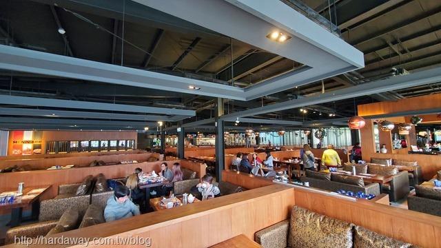 墨尼尼義大利餐廳桃園國際店用餐空間