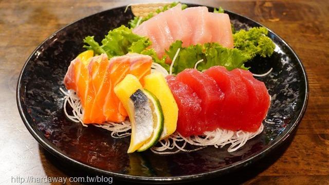 築也日本料理大綜合生魚片