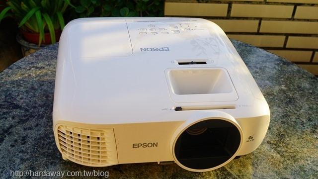 EPSON EH-TW5700家庭劇院投影機