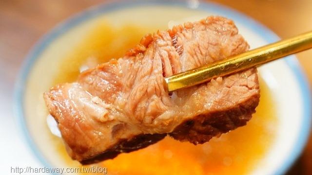手起刀落半筋半肉燉湯味道
