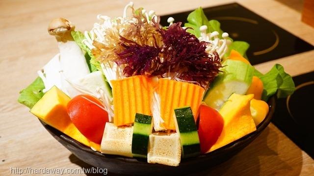 大麻鍋物菜盤