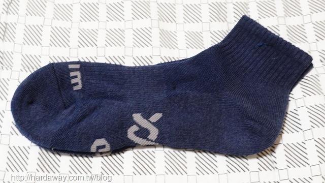 WIWI舒適休閒抑菌中筒除臭襪
