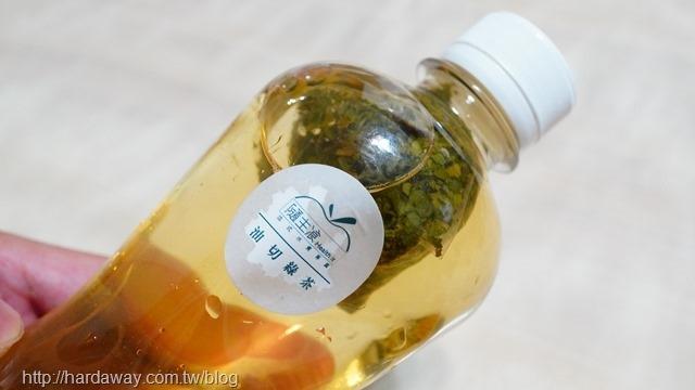 隨主飡油切綠茶