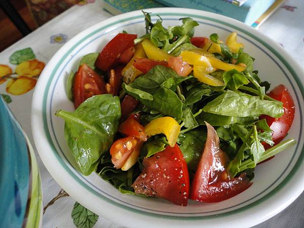 Our garden salad, loved the tomatoes!!