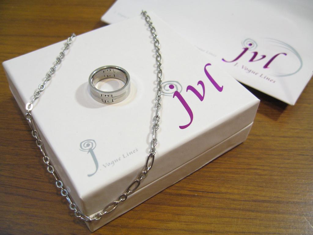 2006.11 JVL 戒指