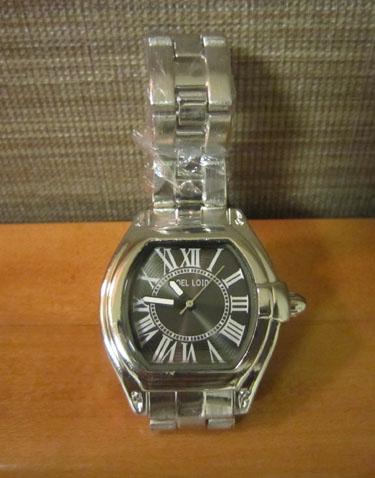 2013.3.22 上野‧阿美橫丁‧JPY 1000 的手錶