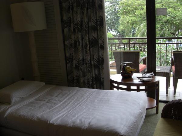 飯店幫帆帆加的小床