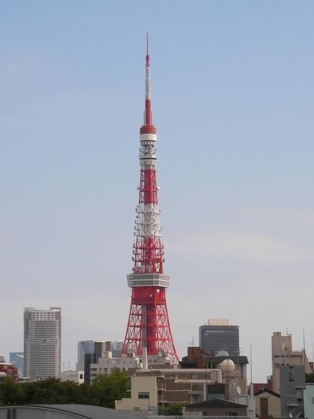 D3 六本木 15 遠眺東京鐵塔.JPG