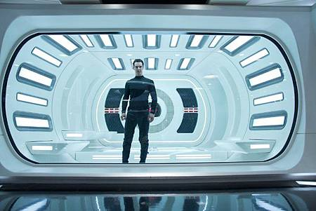 闇黑無界:星際爭霸戰4