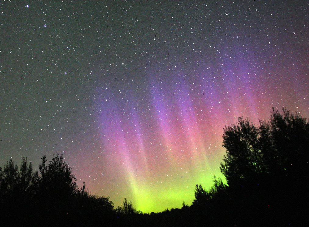 Aurora-Aug19_2012-UT.jpg