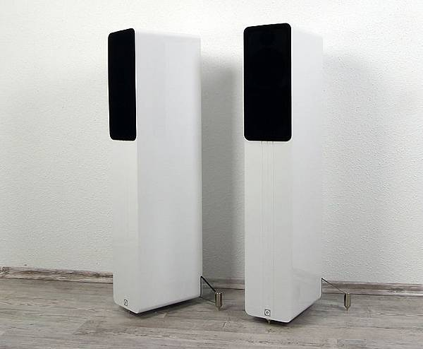 Q-Acoustics-Concept-40-Gruppenbild2.jpg