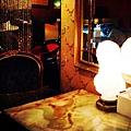 大理石復古桌面,像回到了20年代