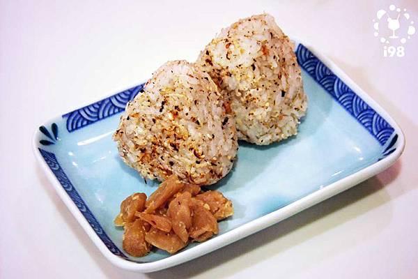 烤紫蘇飯糰