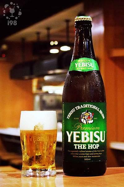 泡沫綿密的惠比壽啤酒