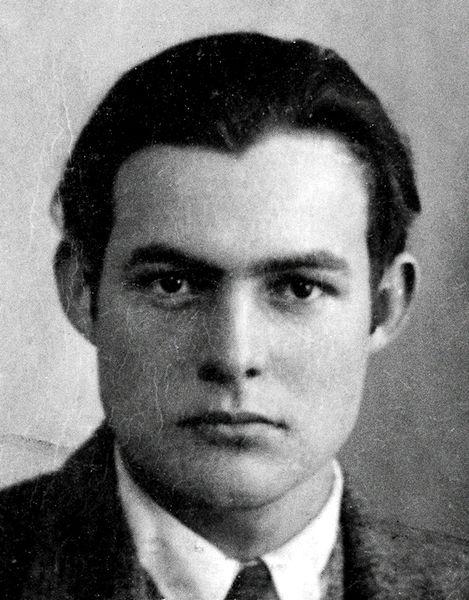 海明威年輕時的照片