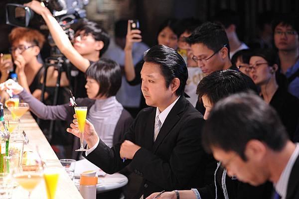 第三屆台灣三得利調酒總決賽評審畫面