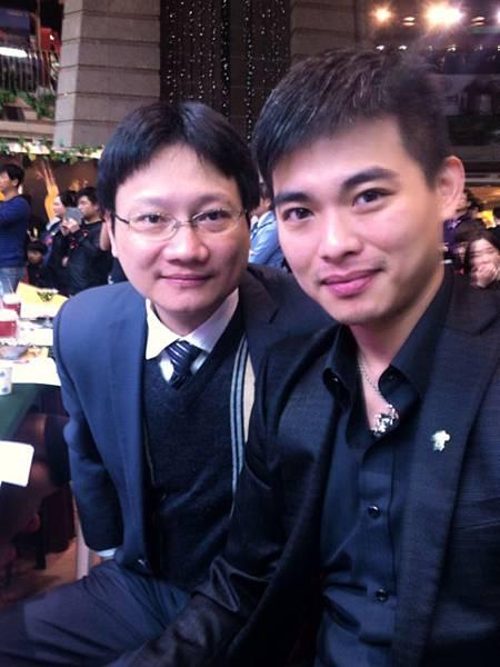 評審林亮宇(左起),洪舜良