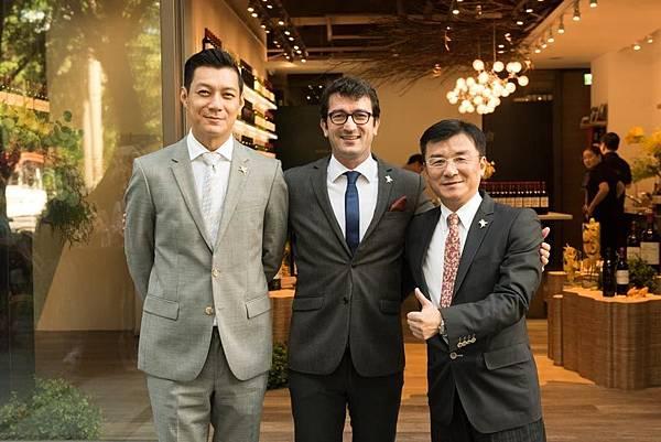 左起聶雲、法國翡馬酒莊集團總經理Jean-Baptiste-Soula、台灣區總經理-簡志成Tony.jpg