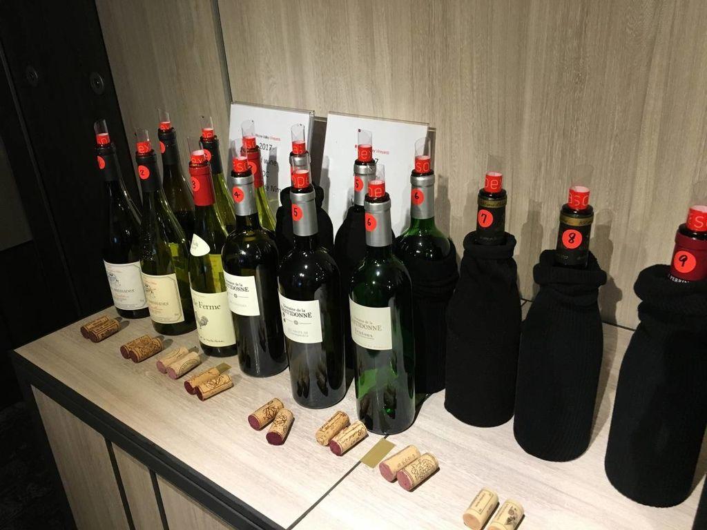 盲飲來自15個產區,各具特色的隆河葡萄酒