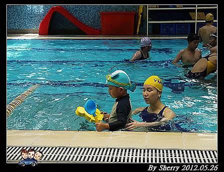 20120526_002_游泳課0017