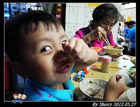 20120527_006_飯011