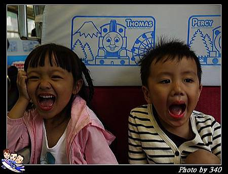 20120720_005_00009_4_Thomas Train