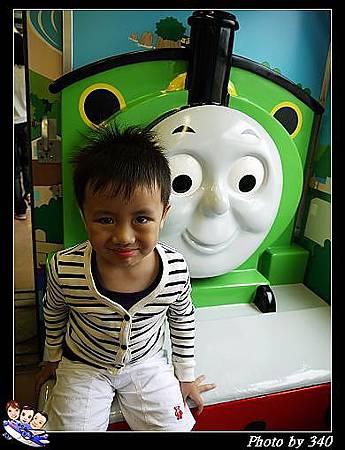 20120720_005_00016_Thomas Train