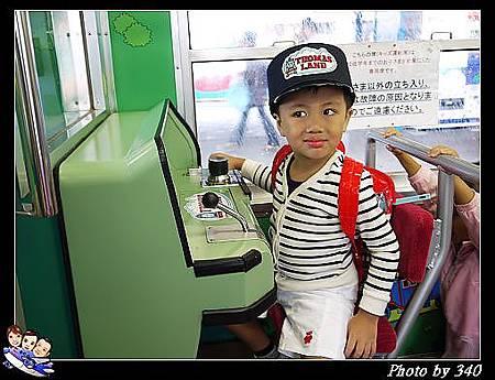 20120720_005_00024_Thomas Train