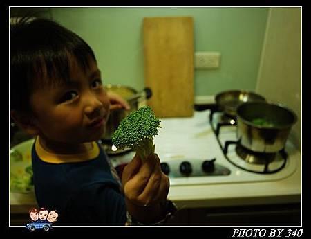 20121031_煮飯小幫手06
