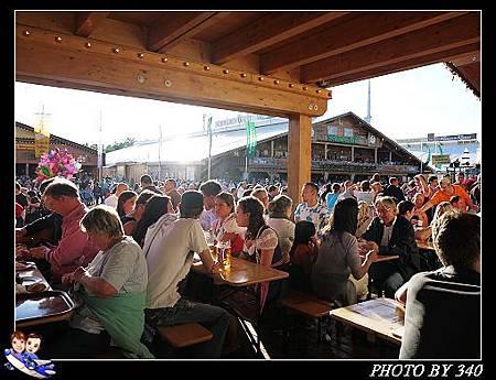 02_20121003_stuttgart啤酒節019