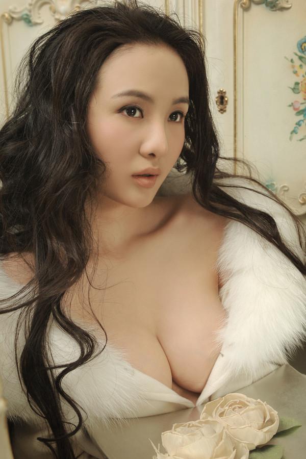 干露露052