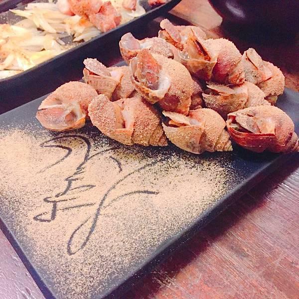 [宜蘭]哩老師烤好 我最愛的鳳螺